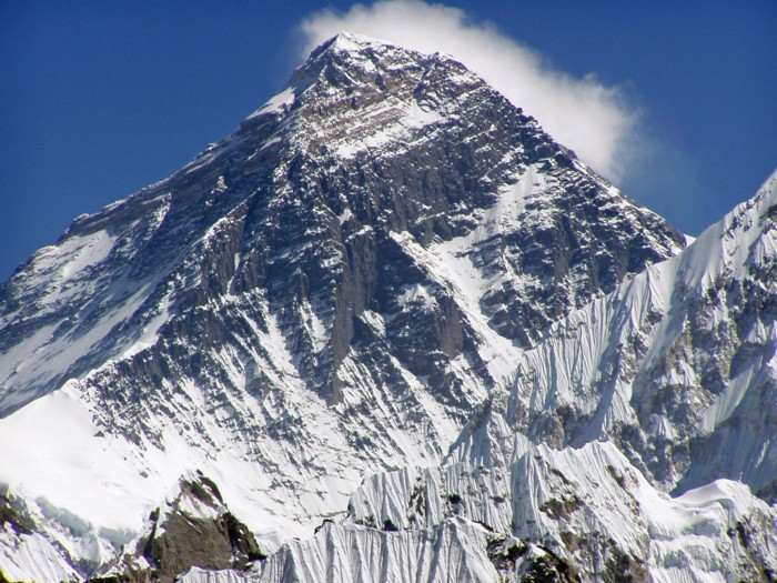 mount-everest-02