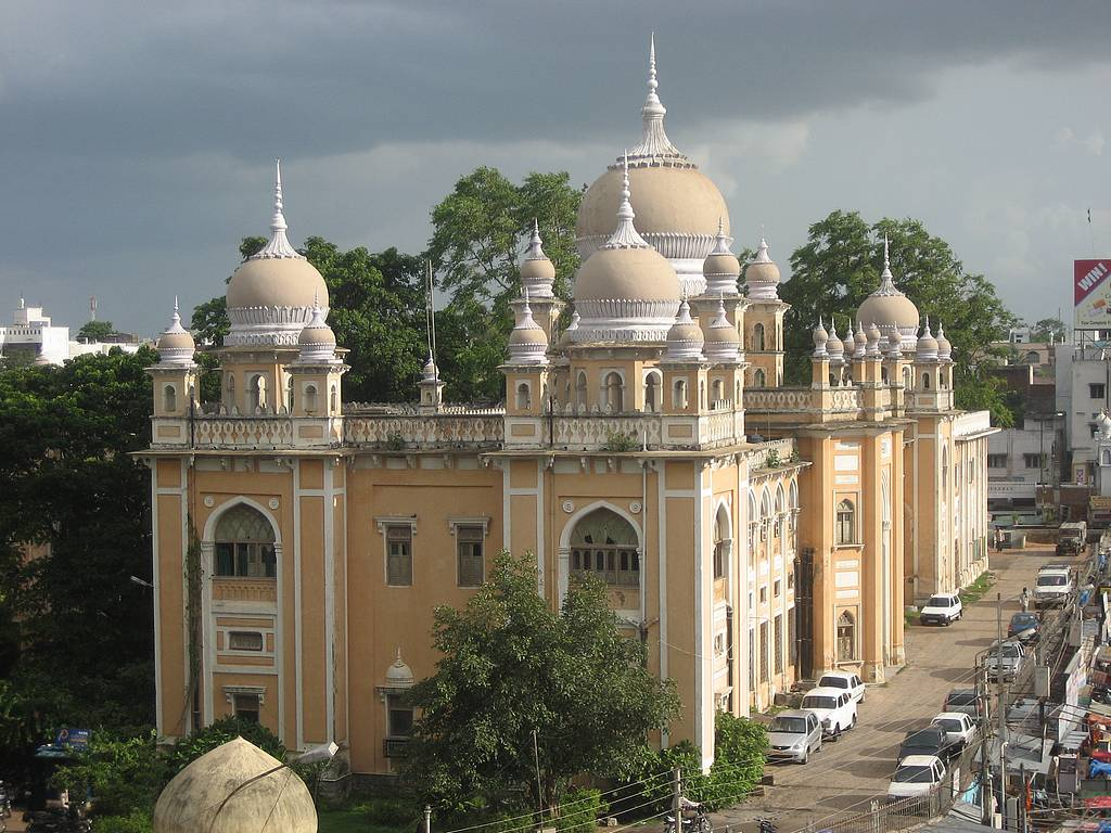 India-Hyderabad-mosque-Andra-Pradesh