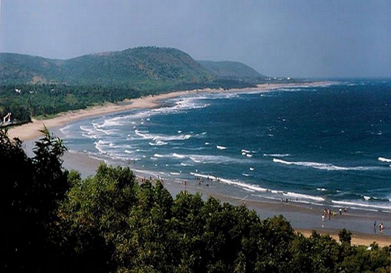 rishikonda-beach1