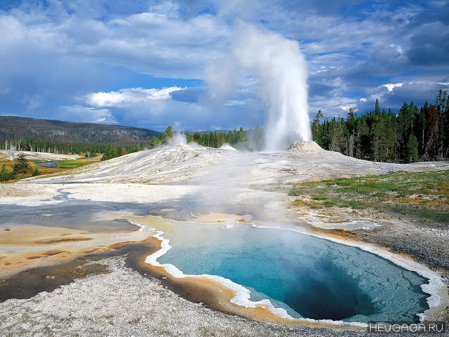 1361024524_1yellowstone-national-park